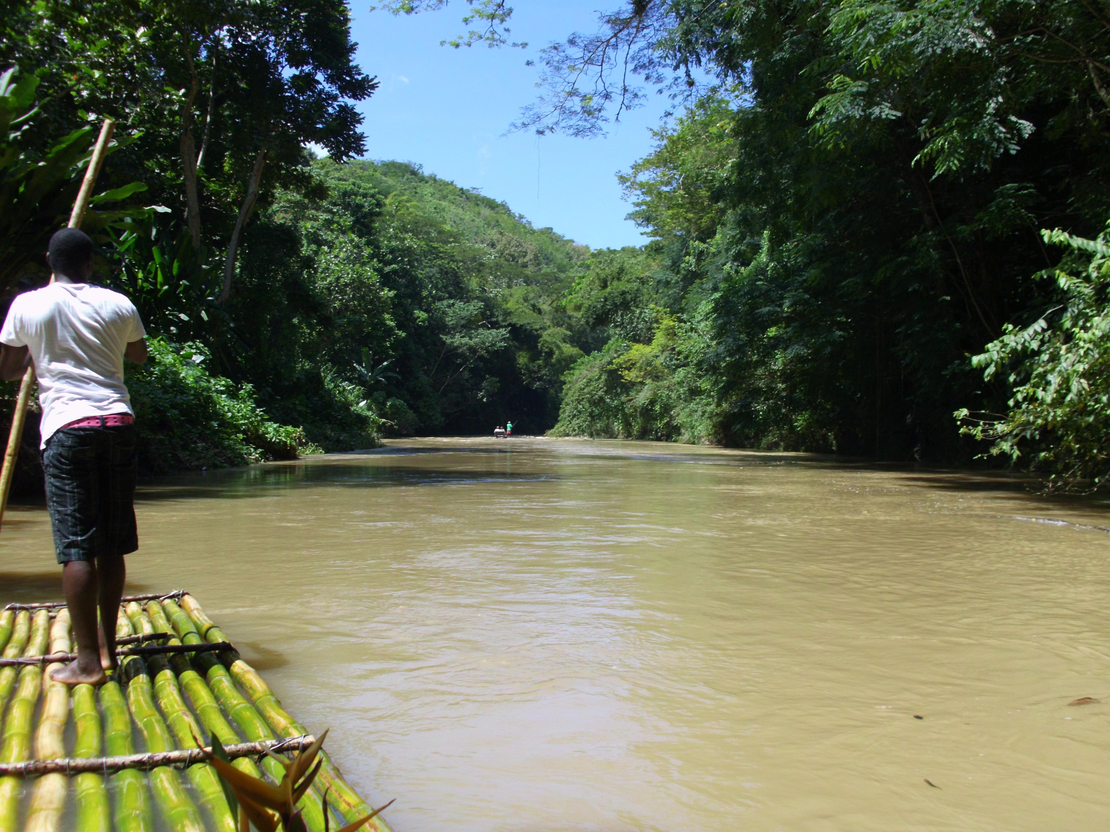 Flussfahrt auf Jamaika