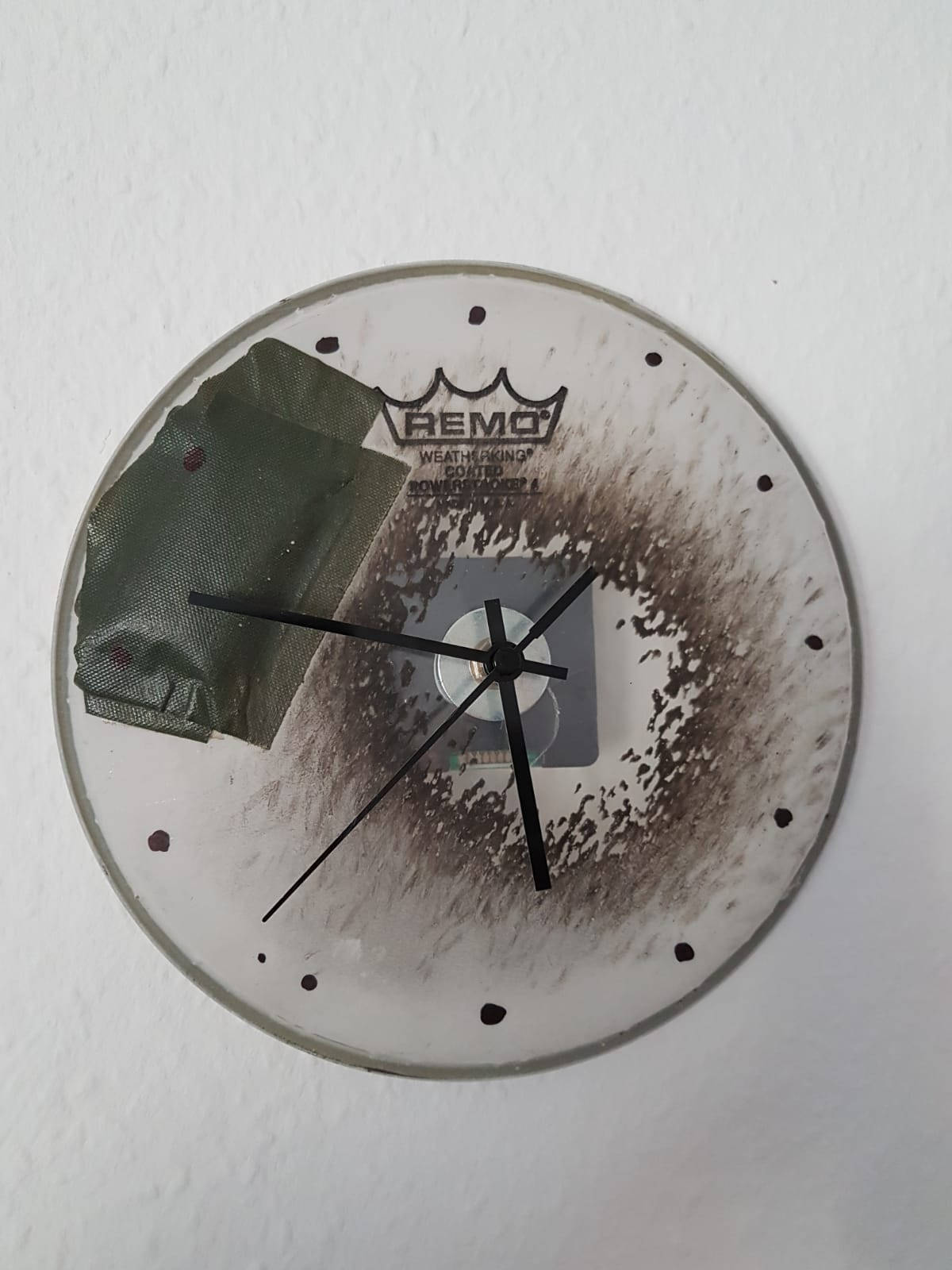 Schlagzeugfell Uhr für Probenraum Musiker, insbesondere Schlagzeuger (Drummer) Deko DIY