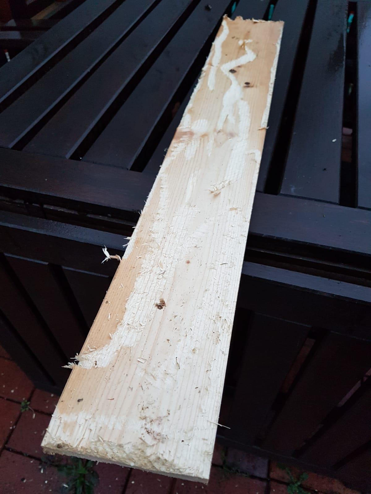 Holzbearbeitung mit Kettensäge
