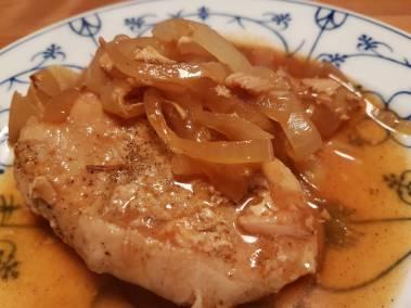 Zwiebelfleisch Barbeque Style aus dem Slow Cooker.