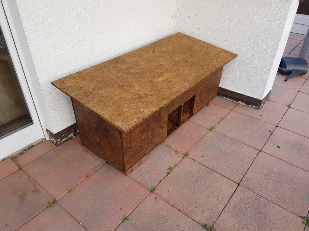 selbstgebautes Katzenhaus mit aufklappbarem Deckel für 2 Katzen Anleitung